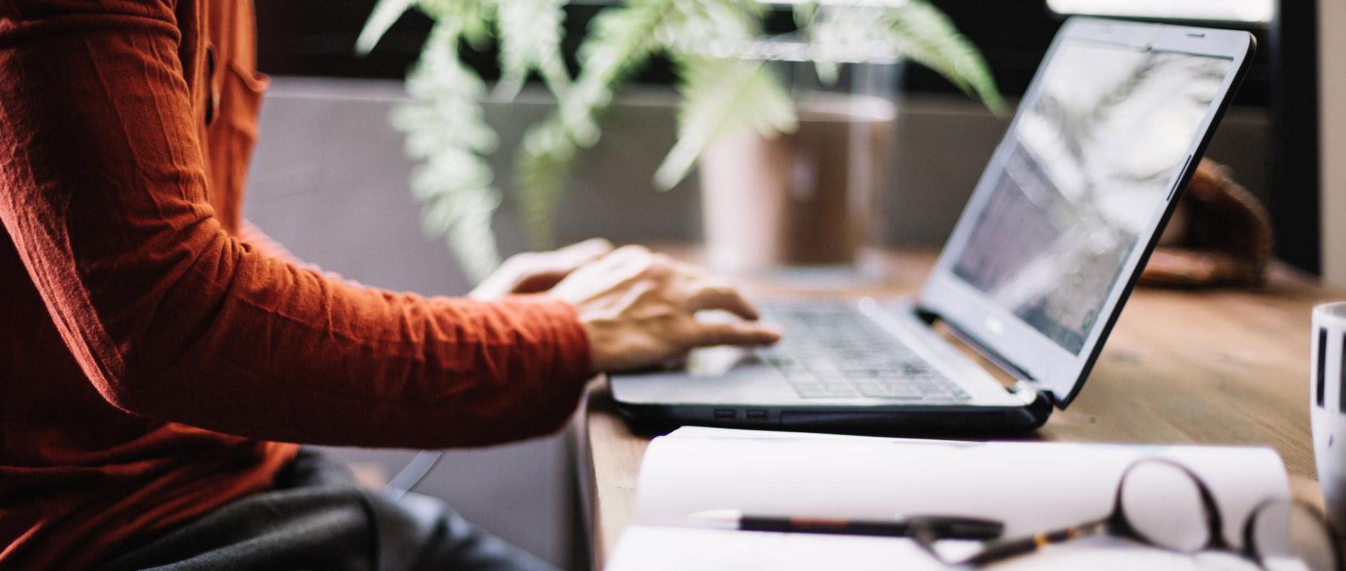Blog writers needed
